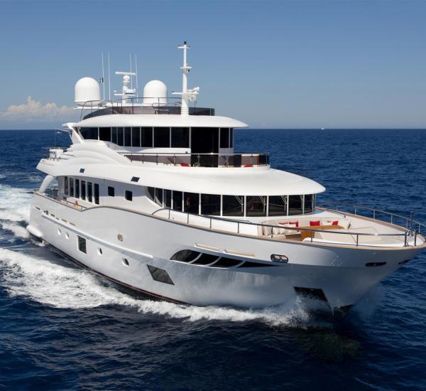 Navetta-Yacht-30m